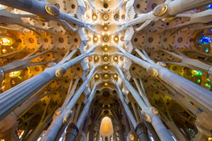 Costruire una cattedrale in un centimetro quadro: ecco la forza del vero Simbolo