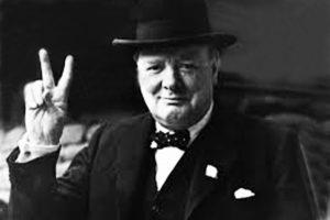 Churchill: inventare un Simbolo perfetto con due dita.
