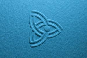 Il Simbolo del nodo infinito nelle tre iniziali del Nome.