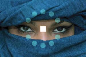uomo-donna-blu-creazione-nome