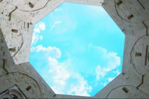 Castel del Monte. La Fonte della Fortuna ha origine dall'Uno.